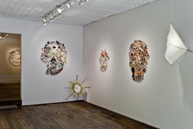 Jennifer Murphy: Twenty Pearls, installation view (2010): Images courtesy Clint Roenisch Gallery, Toronto.